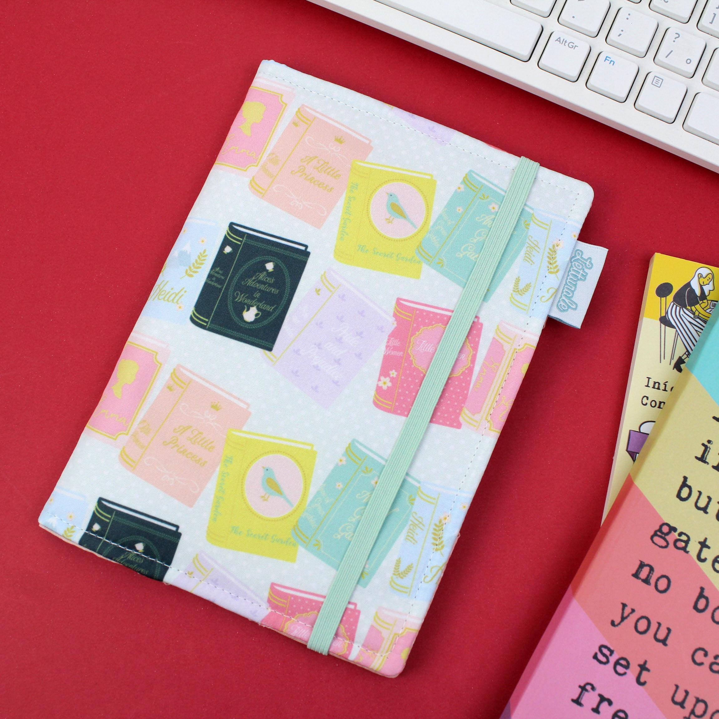 Capa para Kindle PaperWhite Livrinhos - PRAZO DE PRODUÇÃO: 15 DIAS ÚTEIS