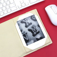 Capa para Kindle 8° e 10° Geração Spaceman