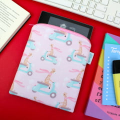 Case para Kindle Oasis Girafinhas - PRAZO DE PRODUÇÃO: 15 DIAS ÚTEIS